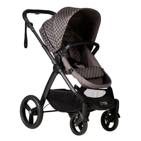 MB cosmopolitan luxury buggy incl. carrycot - with satchel and bag clips